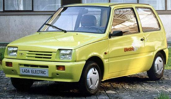 Этот лектромобиль наследовал кузов от автомобиля ОКА.  Производит его ВАЗ только под заказ.  Стоимость его около 4000...