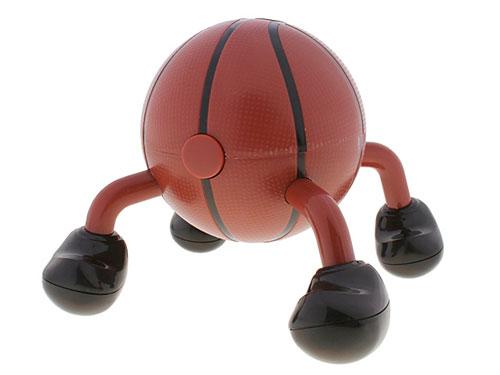 Мячи-массажеры можно использовать и... Возможно, читатели помнят о занятном...