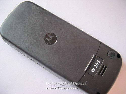 Тыльная сторона Motorola W 205