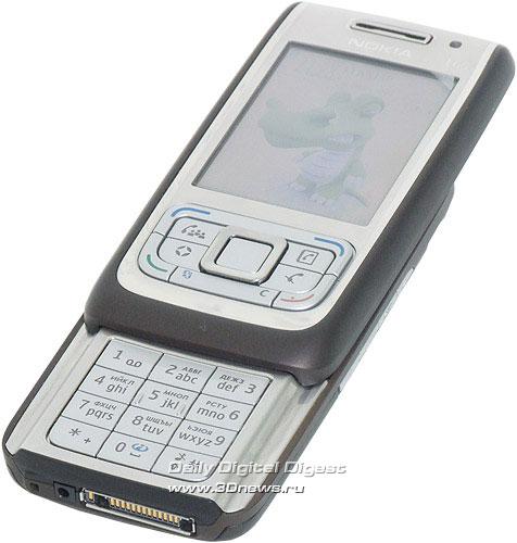 Nokia E65. Вид общий в разложенном положении