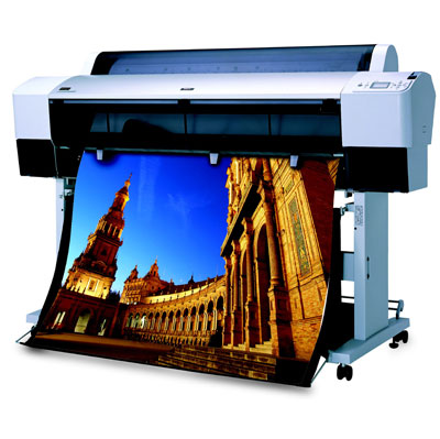 Трио 4-цветных широкоформатных принтеров от Epson