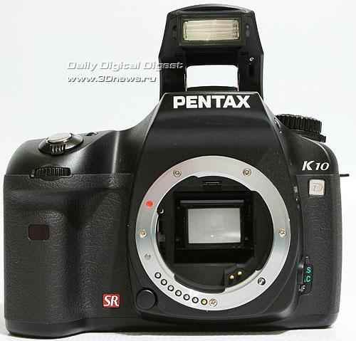 Pentax K10D. Вид спереди