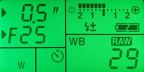 Pentax K10D. Дополнительный дисплей