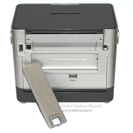 Тыльная сторона Epson PictureMate PM290