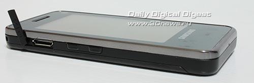 Samsung F490. Вид слева.