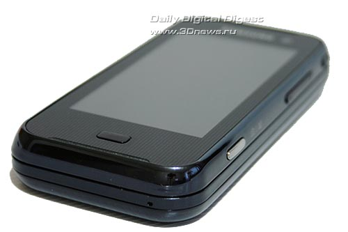 Samsung F700. Вид снизу.