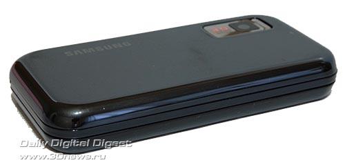 Samsung F700. Вид слева.