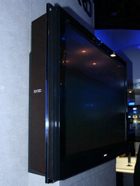 Лазерный телевизор Sony. Вид сбоку