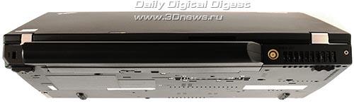 Lenovo ThinkPad T400. Вид сзади
