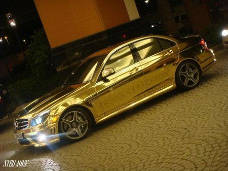 ...же именно золотой цвет, комплект краски 200грамм-150$.