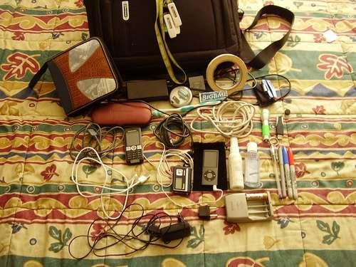 MWC 2009: Зарядное устрйство для всех телефонов кроме Apple