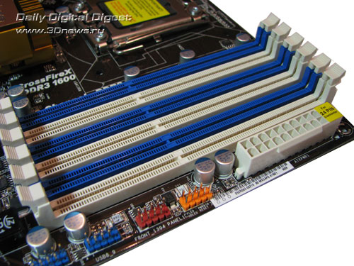 ASRock X58 Deluxe DIMMs
