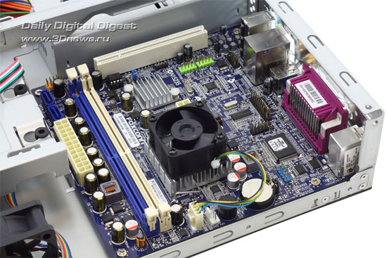 Case_with_hardware3_s.jpg