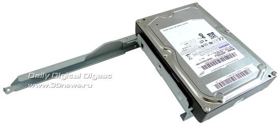 HDD-on-bracket-2_s.jpg