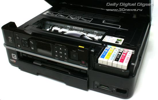 Epson Stylus Photo TX710W. Отсек установки картриджей