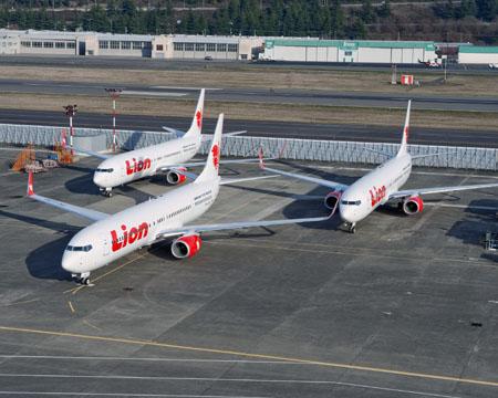 ...в конце мая компания и Ростехнологии заключили сделку на $4 млрд на поставку 50 самолётов Boeing-737.