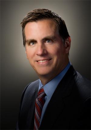 Старший вице-президент Intel Том Кирлой (Tom Kilroy)
