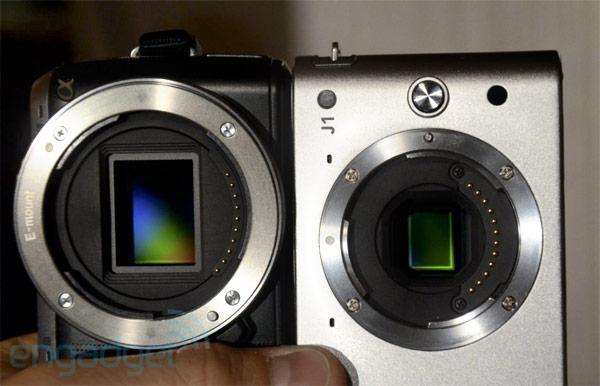 http://www.3dnews.ru/_imgdata/img/2011/09/21/617261/nikon-1-system-vs-nex-c3-sensor.jpg