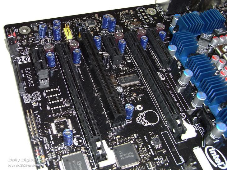 Intel DX58SO слоты
