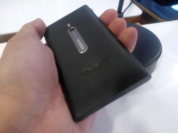 Nokia Lumia 800 Dark Knight Rises limited edition