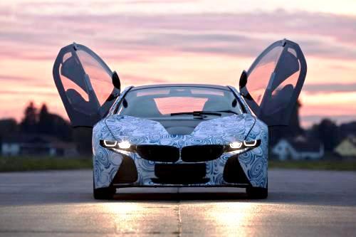 В Интернете появились рендеры серийного BMW i8