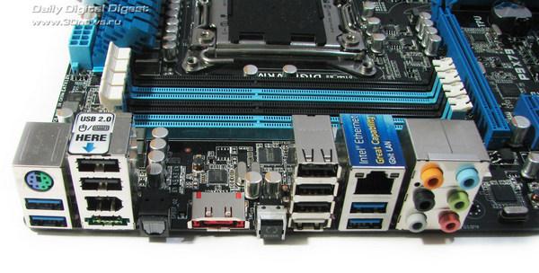 ASUS P9X79  задняя панель