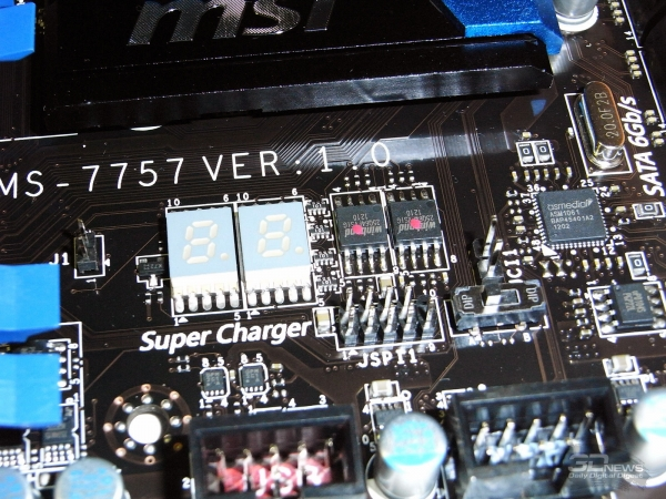 MSI Z77A-GD80 семисегментный индикатор POST-кодов