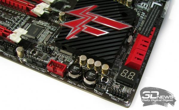 ASRock Fatal1ty X79 Champion кнопки