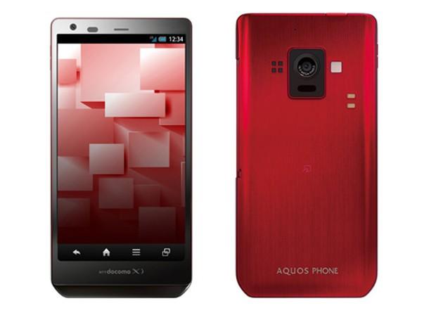 NTT DoCoMo анонсировала первый смартфон с IGZO-дисплеем