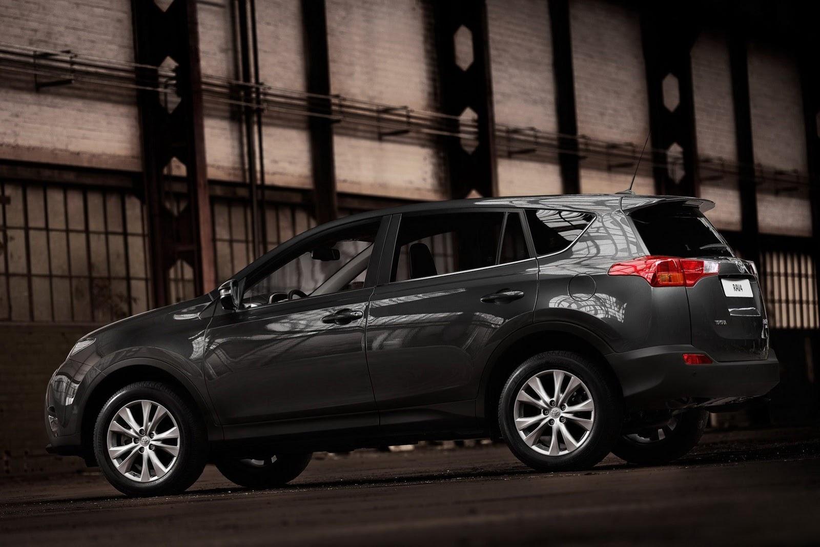 Carstyleblog опублікував перші фотографії нової Toyota RAV4.
