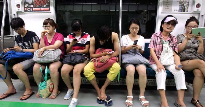 Правительство Южной Кореи будет отслеживать действия подростков с их смартфонов