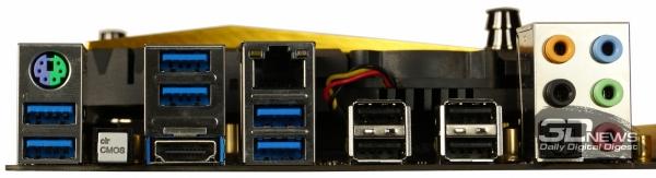 Задняя панель разъемов — обзор материнской платы ASRock Z77 OC Formula