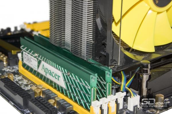 Большой радиатор перекрывает два слота ОЗУ — обзор материнской платы ASRock Z77 OC Formula