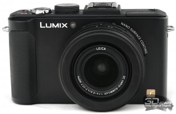 Panasonic Lumix DMC-LX7 — вид спереди