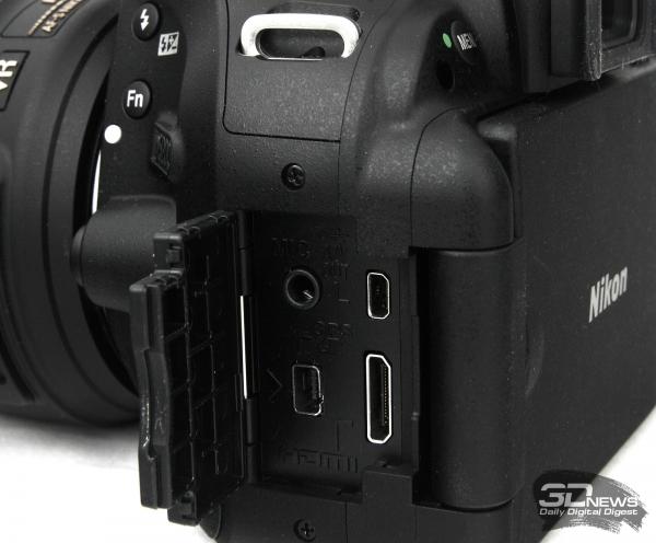 Nikon D5200 — вид справа