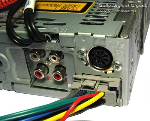 Автомобильный WMA/MP3/CD ресивер Panasonic CQ-C7301N / 3DNews - Daily Digital Digest