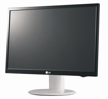 ...20-ти (L206WTQ-WF) и 22-х дюймовых (L226WTQ-WF и L226WA-WF) мониторах использована собственная технология LG...