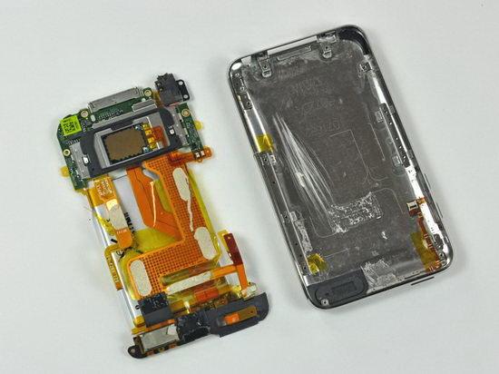 Выяснилось, что в iPod touch 3G применяется процессор ARM новее, чем в iPhone 3GS.  Его частота неизвестна, но велика...