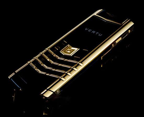 Бесподобный телефон Vertu Signature Precious