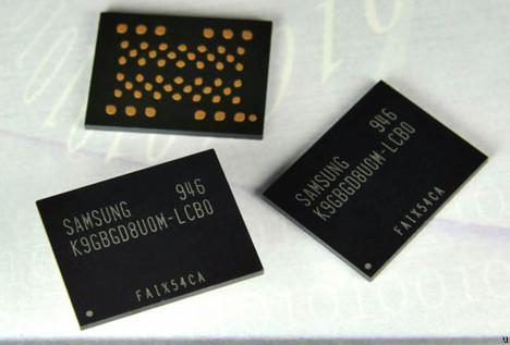 использующие NAND-память.