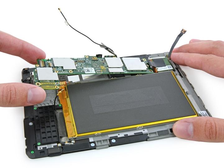 Kindle Fire HD (2013) и Kindle Fire HDX 7 были успешно разобраны и изучены
