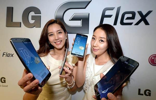 Видео с демонстрацией «самозаживления» LG G Flex