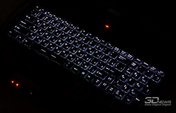 MSI GT60 2PC Dominator: keyboard backlight, one color