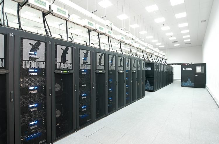 Российский суперкомпьютер «Ломоносов»