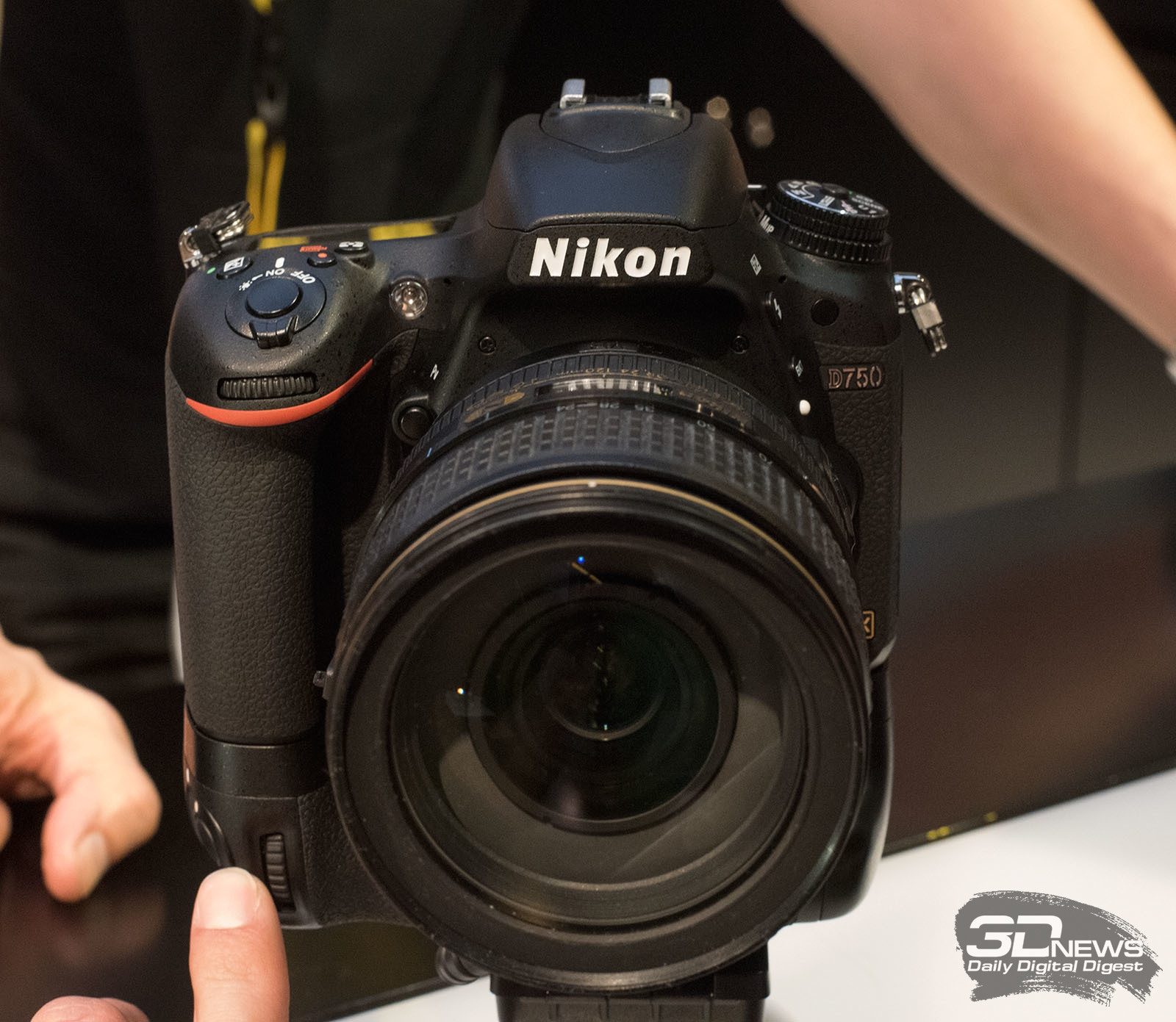 Фотоаппарат Nikon D61 Body black - купить в Москве