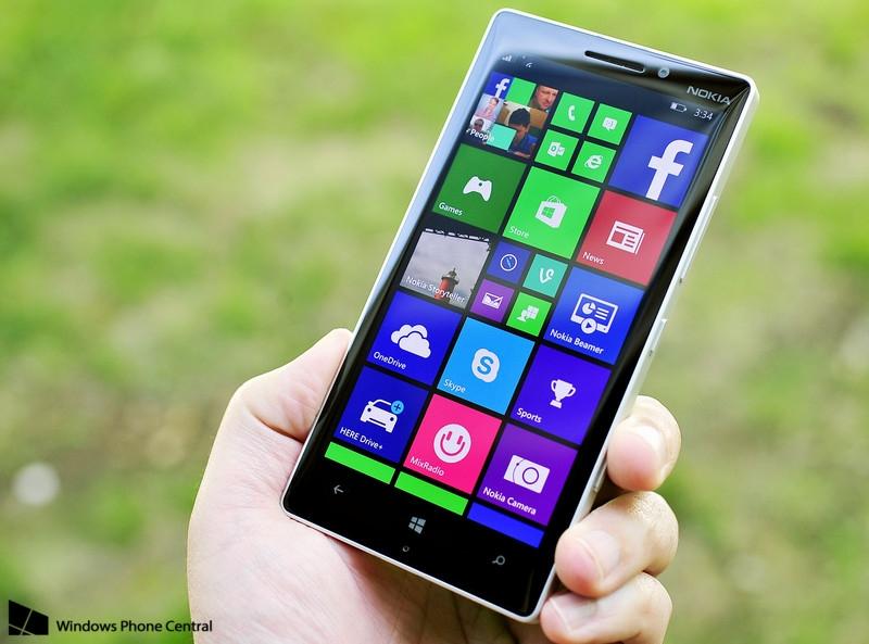 """Видео дня: Lumia 930 в лапах кота-пользователя"""""""