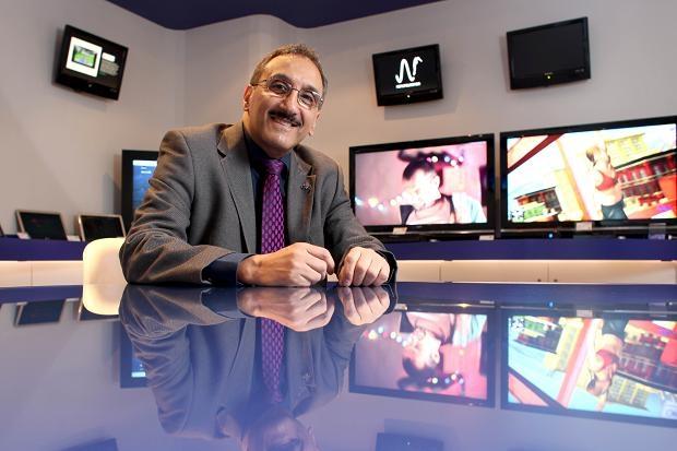 Генеральный директор компании Imagination Технолоджис Мистер Рыцарь Английской Империи Хоссейн Яссайе (Hossein Yassaie). Ресурс The Times.