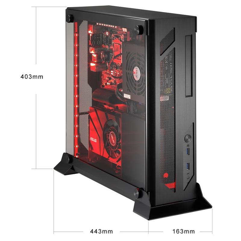 Наиболее малогабаритная модель, PC-O5: прекрасно заметна новая панель с решёткой воздухозаборника