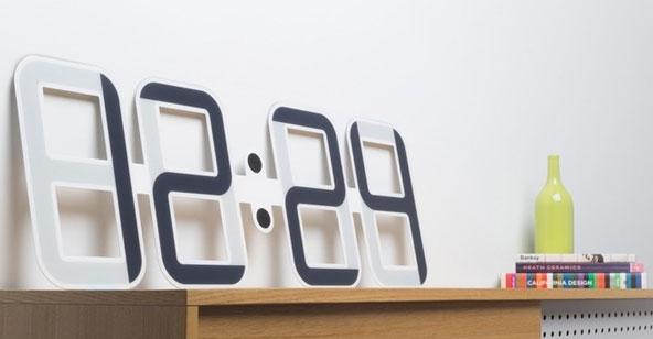 Проект ClockOne: часы с большими сегментами-экранами E Ink