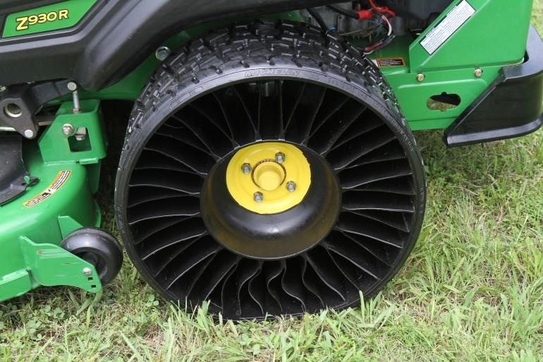 Michelin открыла первый в мире завод по производству безвоздушных шин